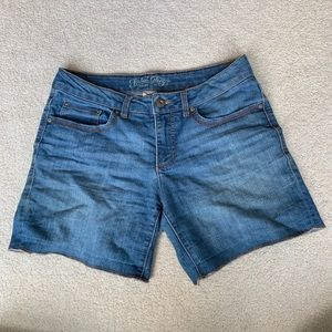 Faded Glory Mid Wash Denim Shorts Size 10